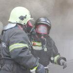 Юргинские огнеборцы спасли на пожаре пять человек